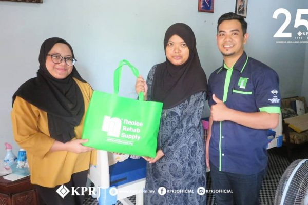 KPRJ-HOPE CARES SUMBANGAN KATIL HOSPITAL